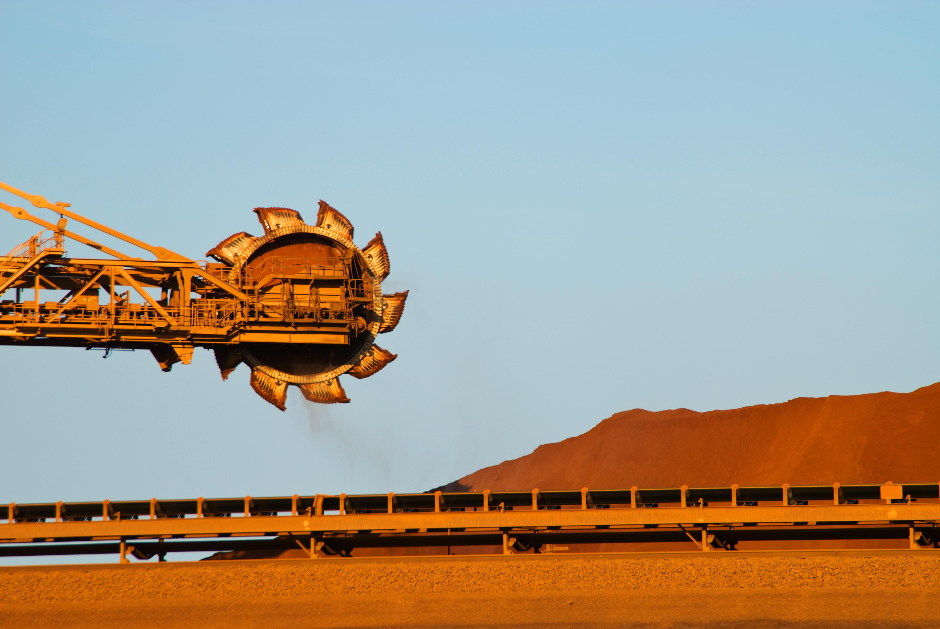 iStock-96277831_Iron ore